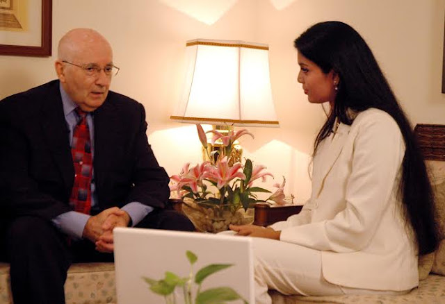Globally renowned Marketing Guru Philip Kotler being interviewed by Kavipriya