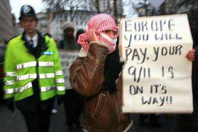 [Image: london-muslim-protest-3.jpg]