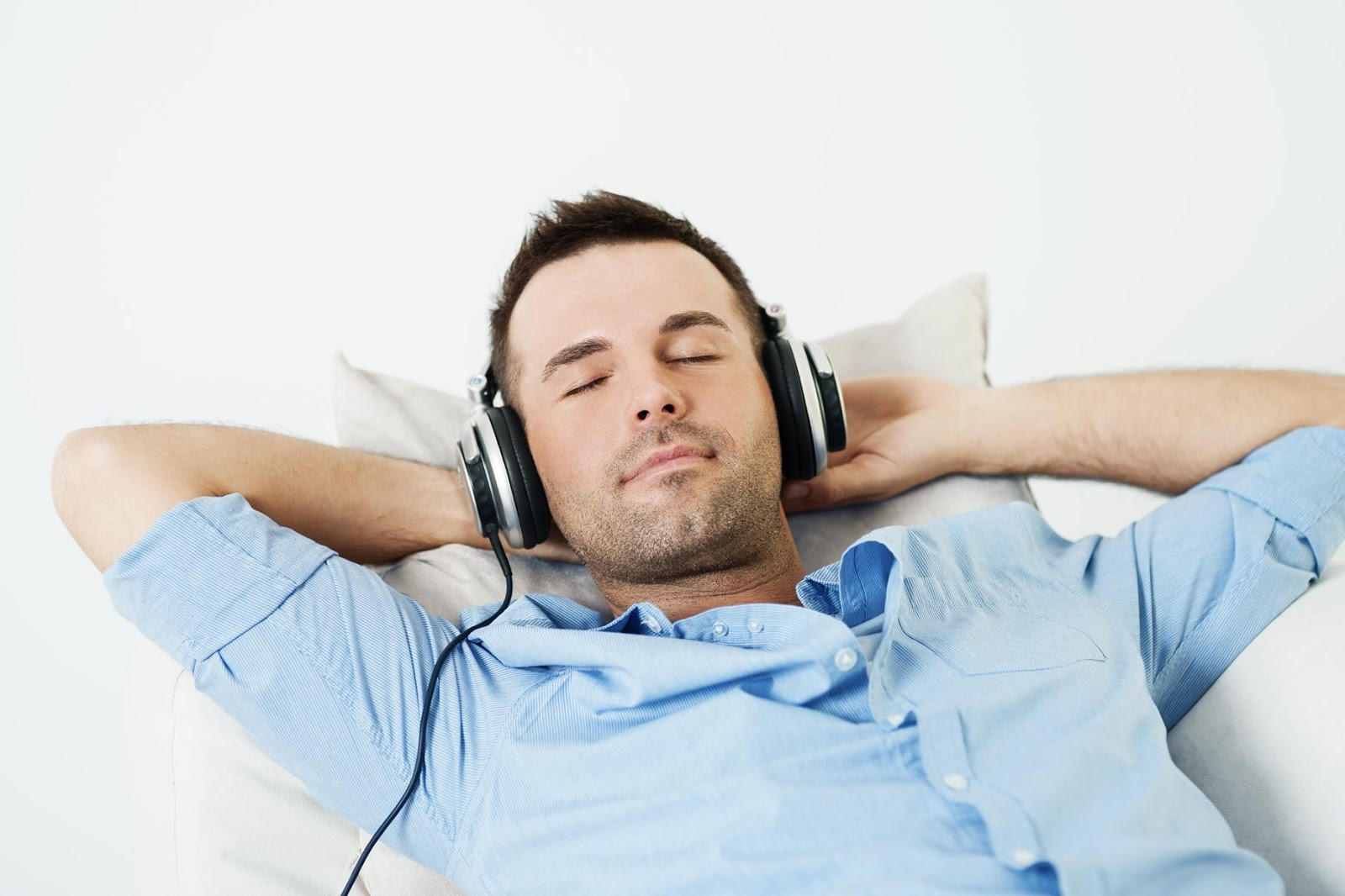 listen to the music Your music, everywhere you want it at home, at work or on the go with stingray  music, stream an outstanding selection of free music channels in every genre.