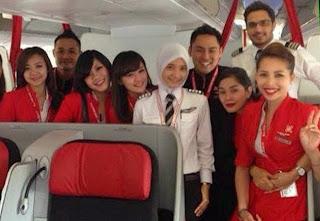 Noor Hafizah, Pilot Cantik AirAsia Yang Berjilbab