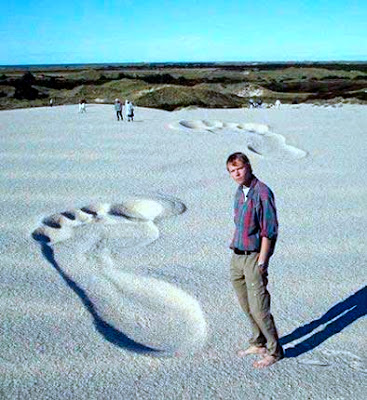 Funny Pics- Bigfoot was here!