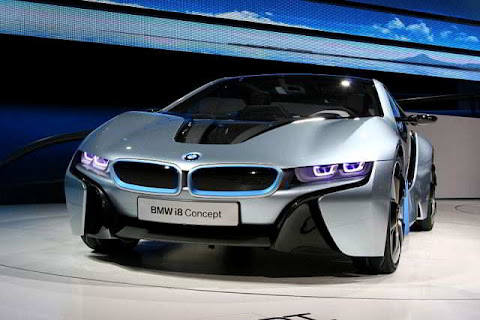 BMW i8, Konsep, Mobil hibrida Efisien Dinamis