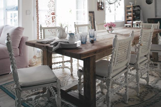Shabby chic   sala de jantar.   **aroma e artesanatos**