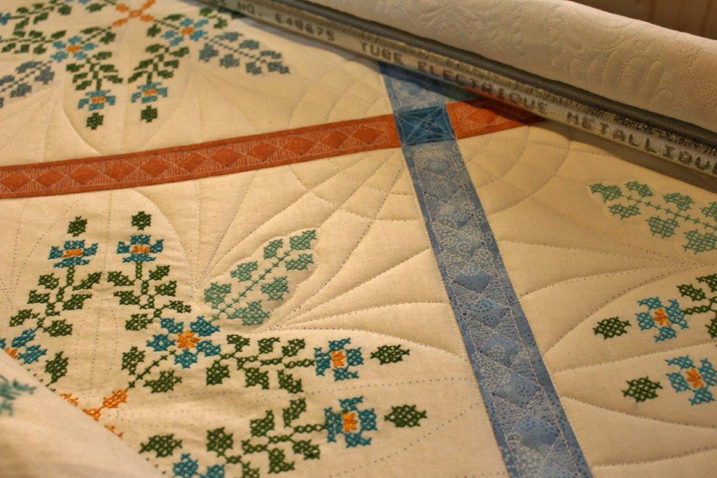 Sarah Lynn s Quilting: Secondary Pattern, Cross-Stitch Block Quilt