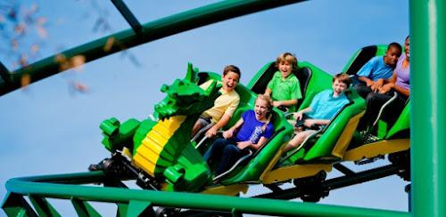 Na Flórida, parque tem 58 milhões de pecinhas de Lego e montanha-russa
