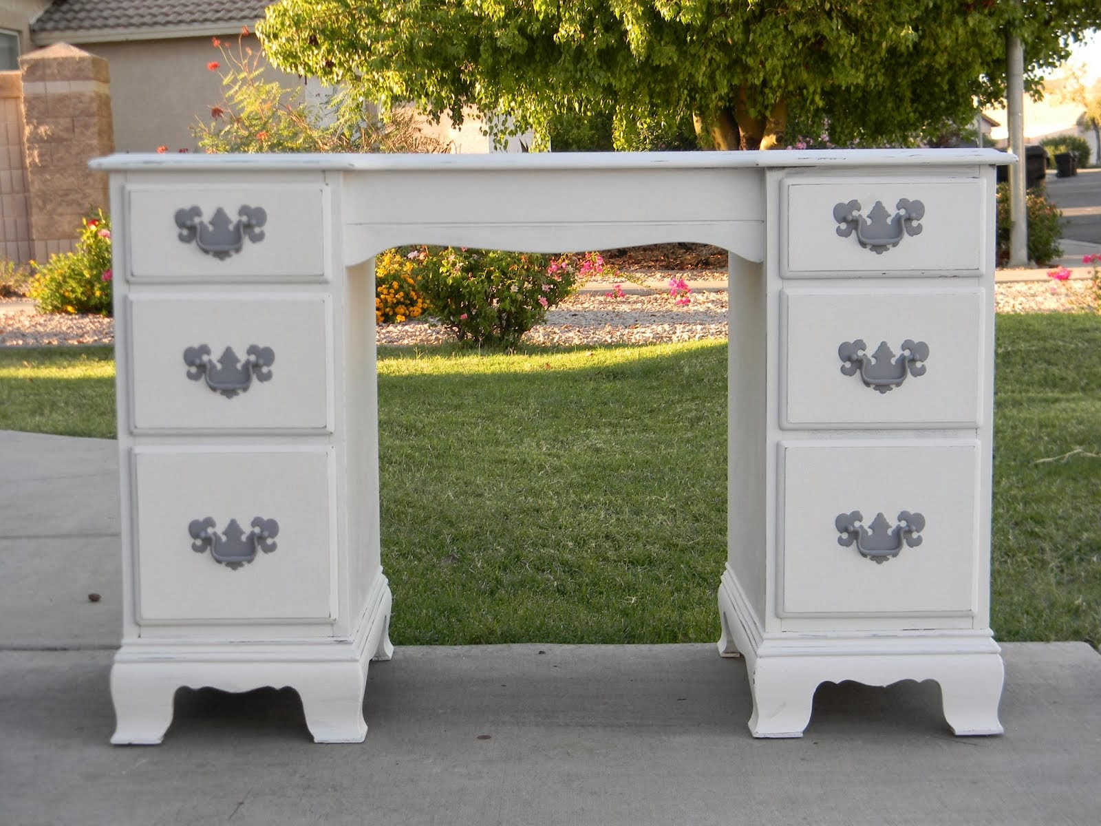 White Shabby Chic Desk  *SOLD*
