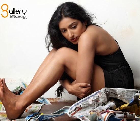 Hot Images: Indian Film Actress and Model Padmapriya Hot ...