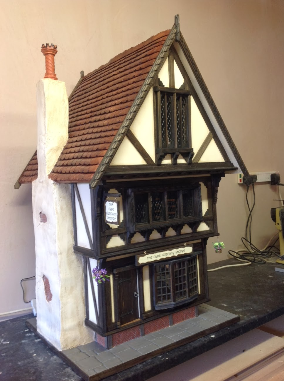 Kevin Jackson Tudor Dolls Houses