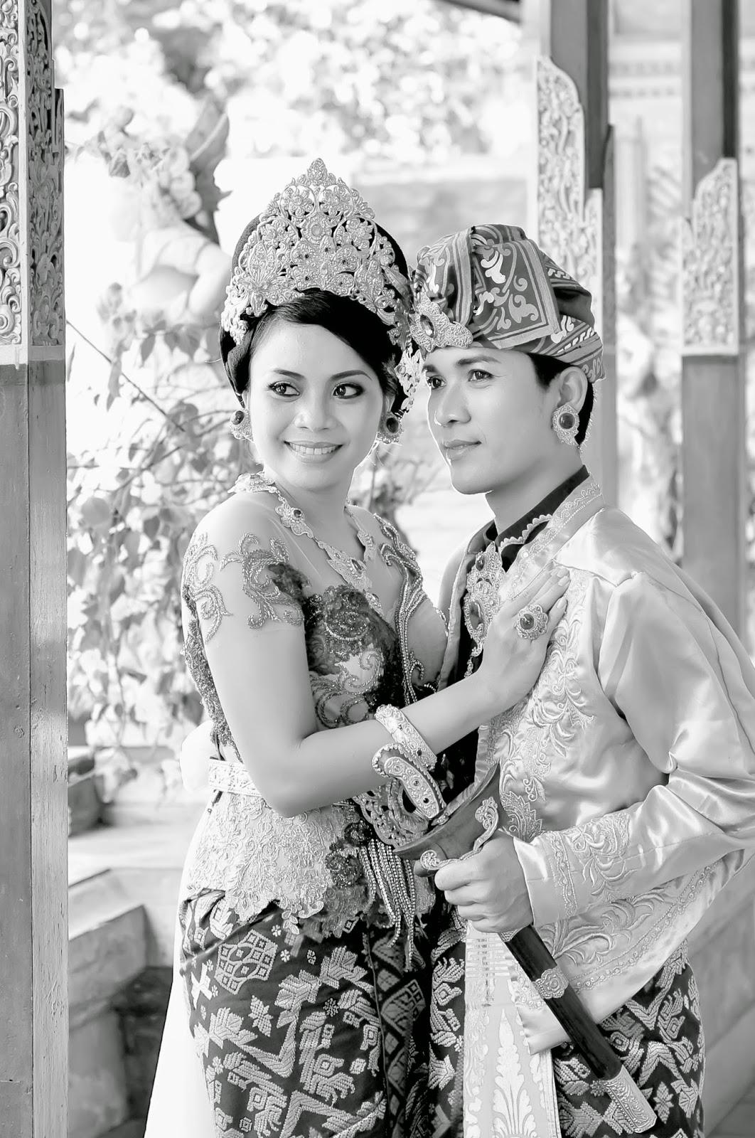 Paket Prewedding Pakian Adat Modifikasi di Bali