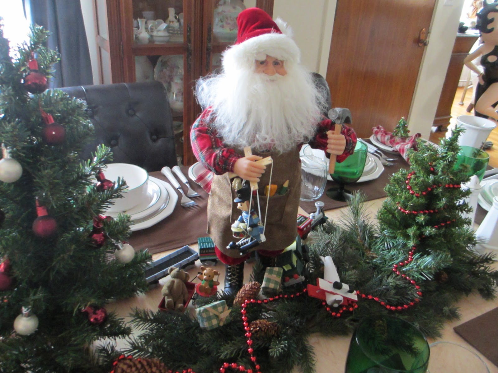 The Welcomed Guest Christmas Breakfast Tablescape With