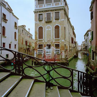 Liu Bolin en Venecia
