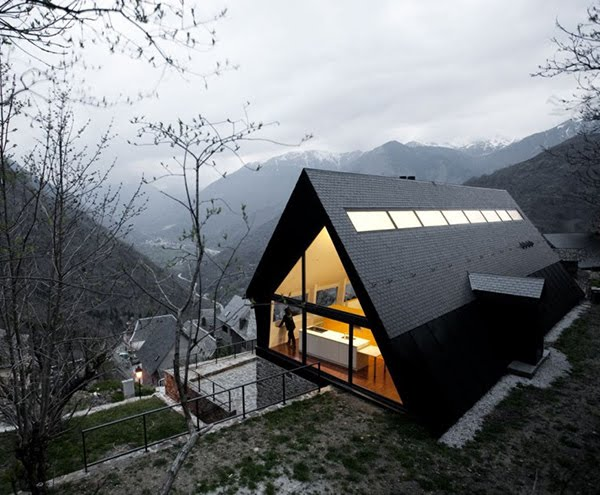 Modern highland house pyrenees spain most beautiful for 4 1 architecture view