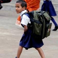 Bahaya Tas Sekolah Anak Yang Berat