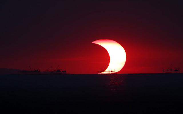 Fondo de Pantalla Eclipse Solar