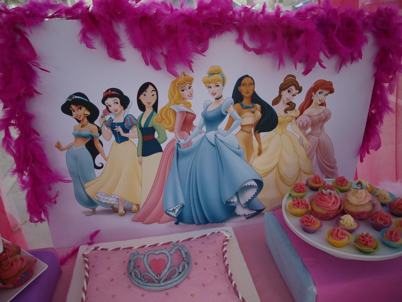 La casita de esther mesa dulce de princesas - Casitas de princesas ...