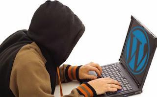 hacker in hoodie hacking wordpress site 784033 Cara Melindungi Blog Anda Dari Hacker