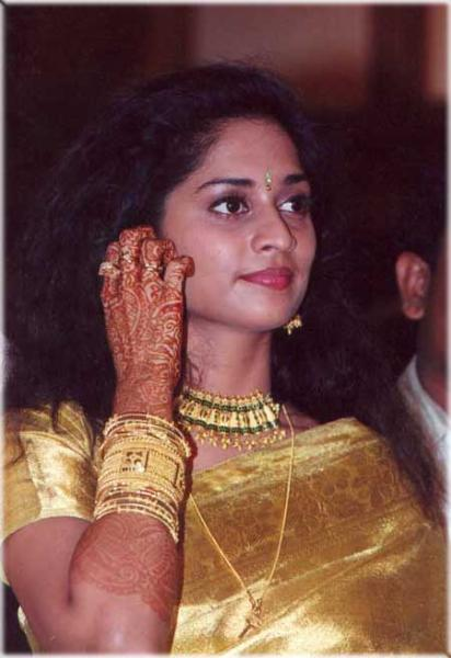 Pin Actress Baby Shalini Childhood Sister Brother And