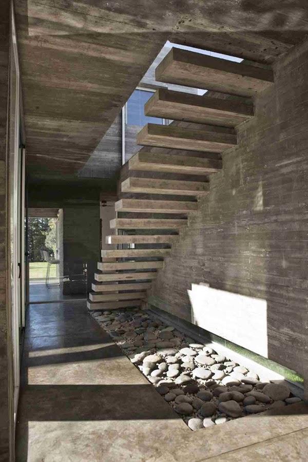 Casas minimalistas y modernas escalera minimalista - Escaleras de caracol minimalistas ...