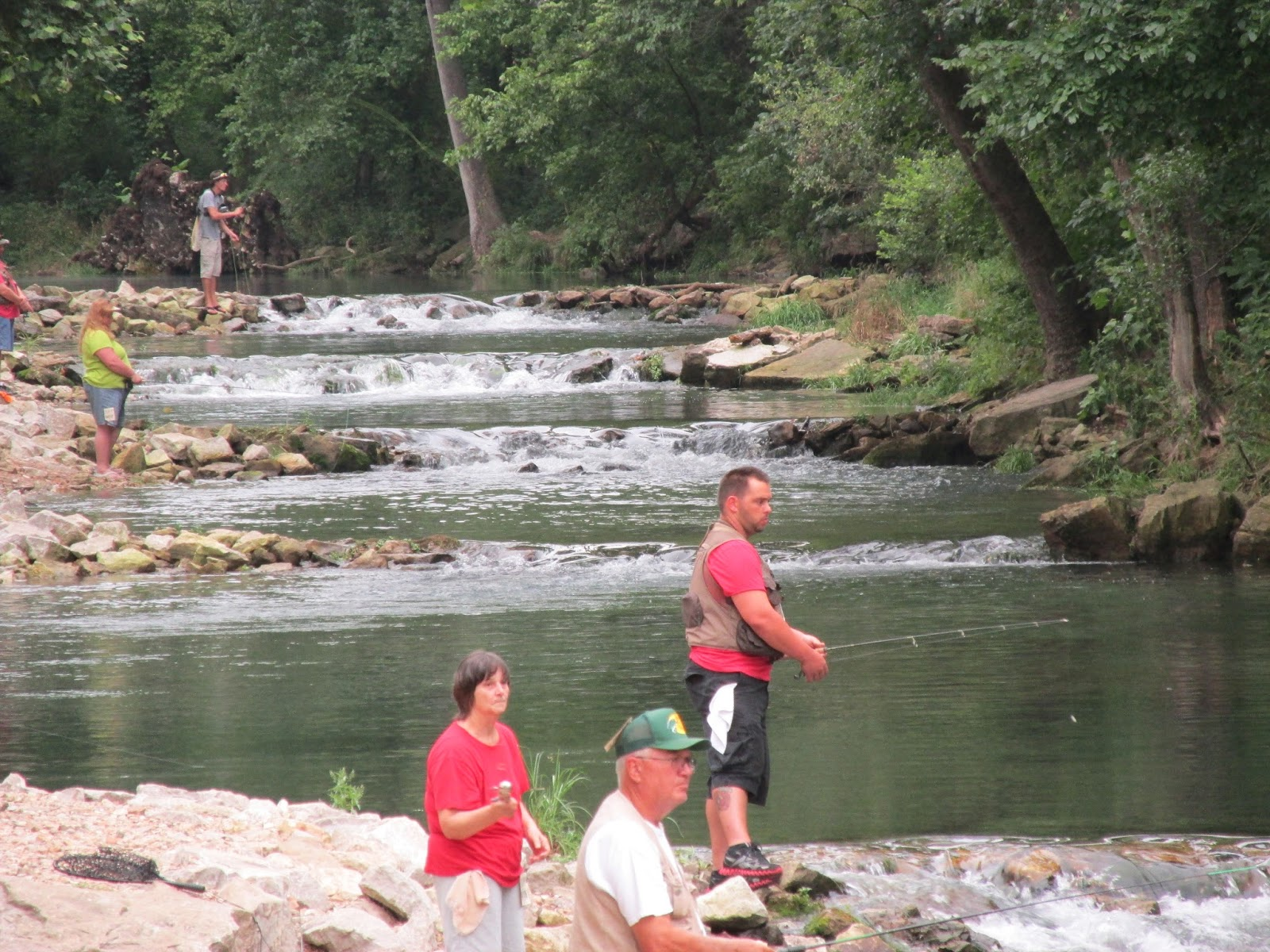 Carl sandee 39 s camping adventures roaring river sp mo for Roaring river fishing hours