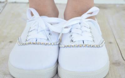 Dale brillo a tus zapatillas en sencillos pasos