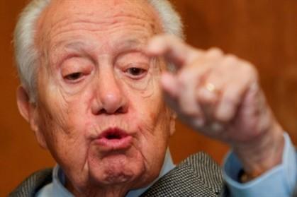 """""""É PRECISO METER AGÊNCIAS DE RATING NA ORDEM"""", diz Mário Soares"""