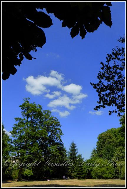 Puffy clouds nuages Versailles Domaine de Madame Elisabeth