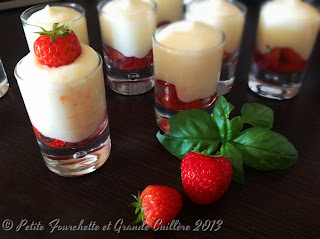 Mousse de lemon curd, fraises au basilic