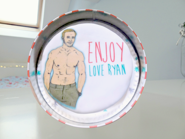 lauryn s notebook review bakerdays ryan gosling letterbox cake catapulted into the hearts of us wide eager eyed women his incredible performance in the notebook it was mr gosling aka noah who is the sole