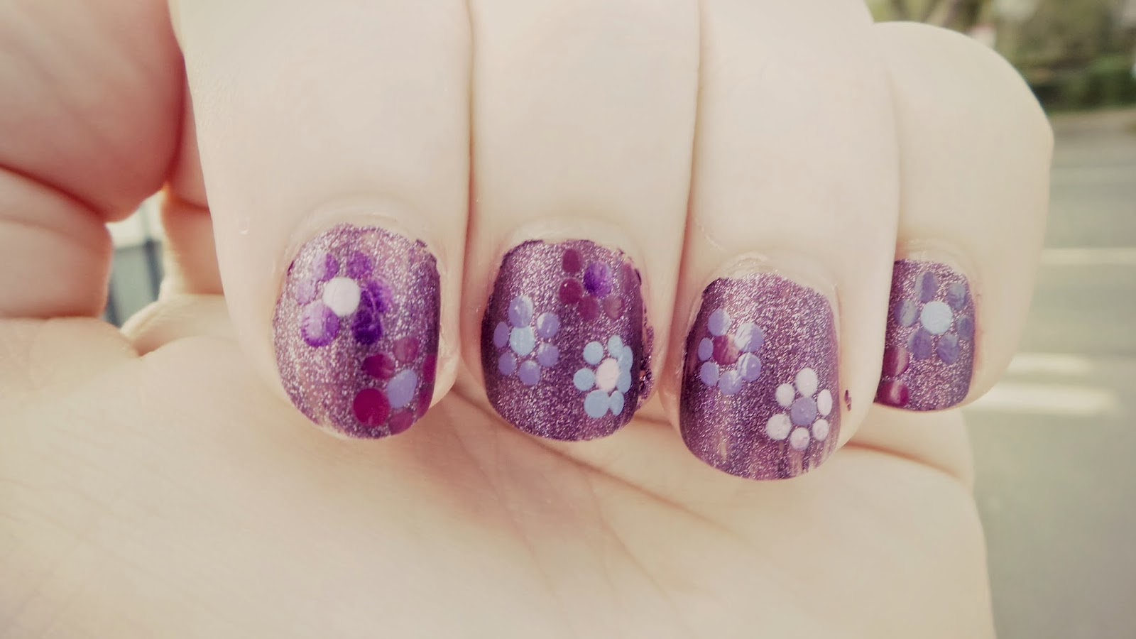 easy nail designs - flowers