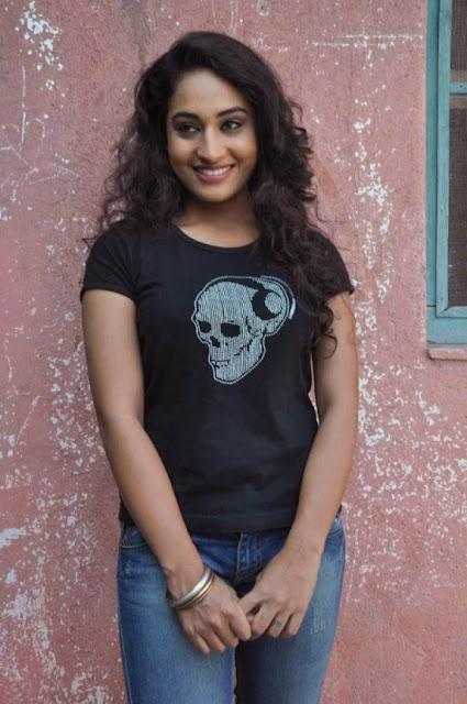 Actress Pooja Facebook Actress Pooja Ramachandran