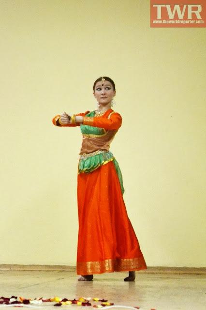 классические танцы Индии и Уфы.