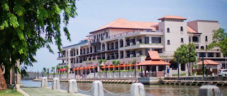 Holiday Fans travel the World RTW -family activities Budget Travel Casa Del Rio Melaka in Malaysia
