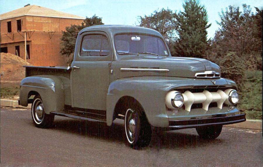 1951+Ford+V8+pickup.JPG