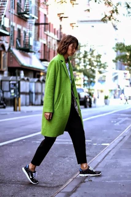 green_coat_street_style