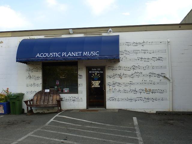 building mural - music