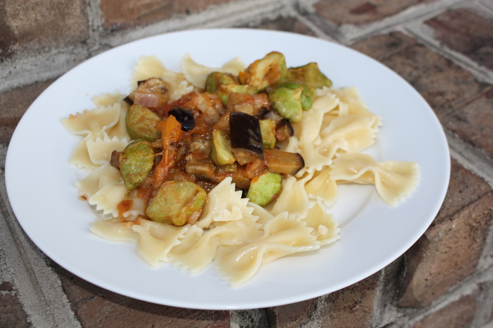 Chow and Chatter: Roasted Patty Pan and Eggplant Farfalle