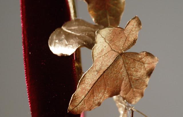 Sådan sprayer du dig til smukke forgyldte blade