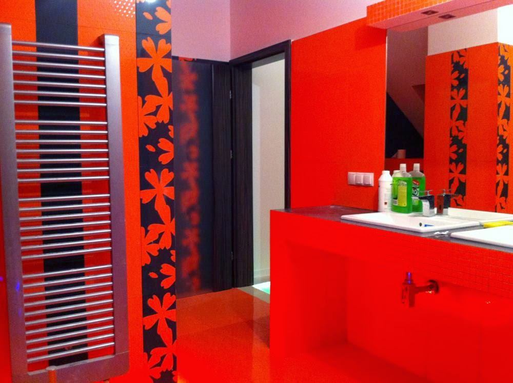 Baño De Color Deliplus Rojo Intenso:Diseños de baños en color rojo – Colores en Casa