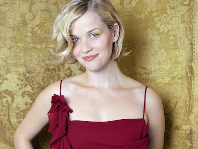 Reese Witherspoon Lovely Wallpaper