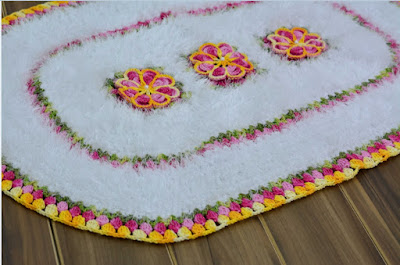 http://www.circulo.com.br/pt/receitas/decoracao/tapete-oval-florido