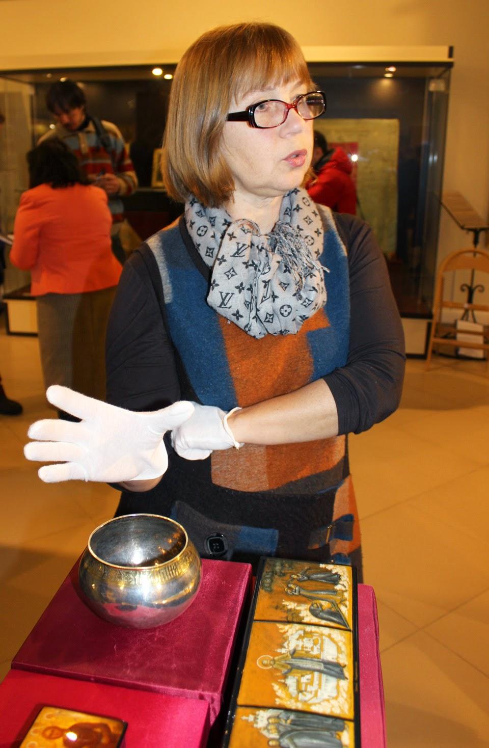 Завсектором Сергиево-Посадского музея Наталья Толстухина представляет новые поступления.