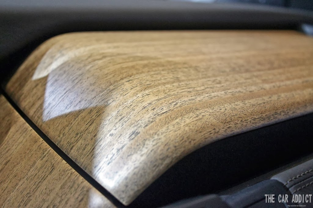 BMW i3 Eucalyptus wood interior