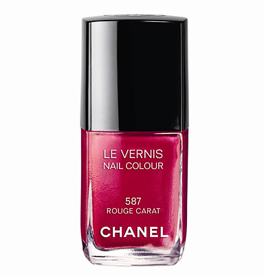 Chanel Le Vernis червено