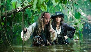 Fragmento de la película Piratas del Caribe 4 de estreno en Madrid