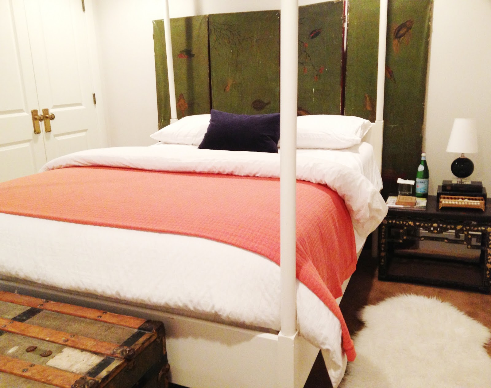 white gold how to decorate your guest bedroom a white box