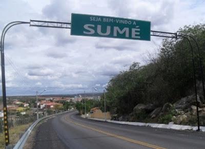 Homem é preso acusado de agredir mãe e esposa em Sumé