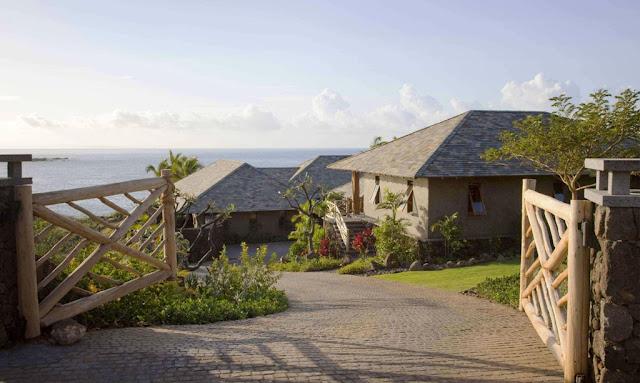 Tropical Classic Hawaiian Descend House
