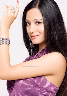 Preetika Rao hot sizzling photos   celebrity kemratak ...