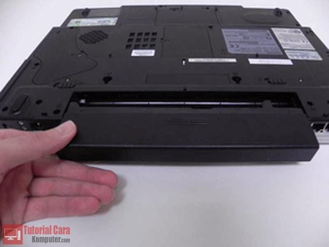 Tips Cara Merawat Baterai Laptop Agar Tetap Awet dan Tahan Lama - TutorialCaraKomputer.com