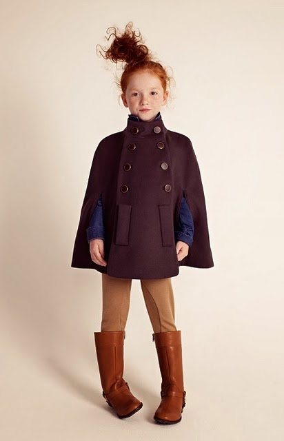 #trendalert capas y ponchos #streetstyle niña